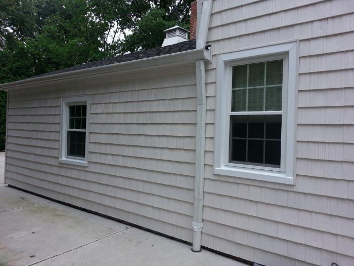 8000 UltraWeld double hung Windows and shake siding Rocky River Ohio